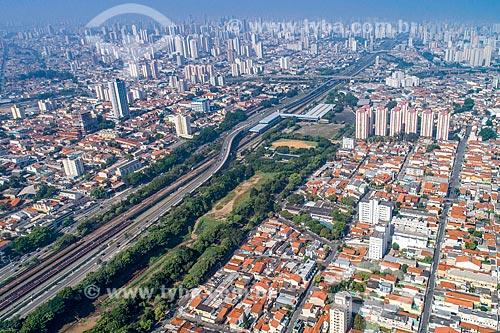 Foto feita com drone da Estação Penha do Metrô de São Paulo - Linha 3  - São Paulo - São Paulo (SP) - Brasil