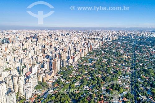 Foto feita com drone de zoneamento entre a Rua Estados Unidos - à esquerda - e a Avenida Brasil - à direita  - São Paulo - São Paulo (SP) - Brasil