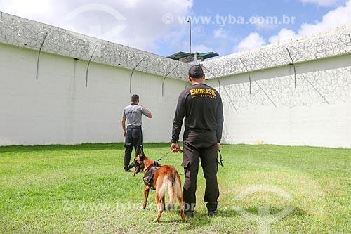 Agentes penitenciários no Centro de Detenção Provisória de Manaus II (CDPM II)  - Manaus - Amazonas (AM) - Brasil