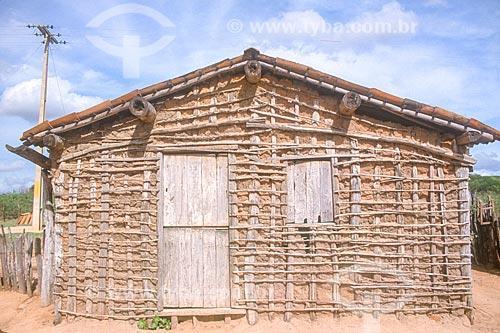 Fachada de casa de pau-a-pique - década de 2000  - Rio Grande do Norte (RN) - Brasil