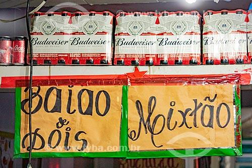 Detalhe de placa com os dizeres: Baião de dois e mixtão em restaurante no Centro Luiz Gonzaga de Tradições Nordestinas  - Rio de Janeiro - Rio de Janeiro (RJ) - Brasil