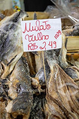 Detalhe de mulato velho - bagre curtido e salgado - à venda no Centro Luiz Gonzaga de Tradições Nordestinas  - Rio de Janeiro - Rio de Janeiro (RJ) - Brasil