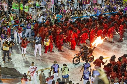 Desfile do Grêmio Recreativo Escola de Samba Unidos do Viradouro - Motoqueiro fantasma - destaque - Enredo 2019 - Viraviradouro!  - Rio de Janeiro - Rio de Janeiro (RJ) - Brasil