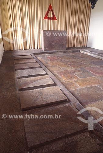 Jazigo dos Inconfidentes no interior do Museu da Inconfidência (1780) - década de 2000  - Ouro Preto - Minas Gerais (MG) - Brasil