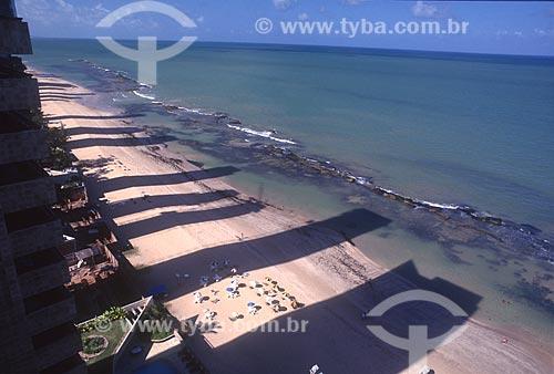 Vista de cima de sombra de prédios na orla da Praia da Piedade - década de 90  - Jaboatão dos Guararapes - Pernambuco (PE) - Brasil