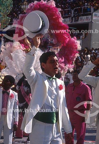 Desfile do Grêmio Recreativo Escola de Samba Estação Primeira de Mangueira - cantor Chico Buarque durante o desfile - Enredo 1987 - No reino das palavras, Carlos Drummond de Andrade  - Rio de Janeiro - Rio de Janeiro (RJ) - Brasil