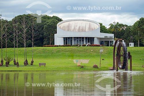 Vista do Parque Ecológico JK com o Memorial JK ao fundo  - Jataí - Goiás (GO) - Brasil
