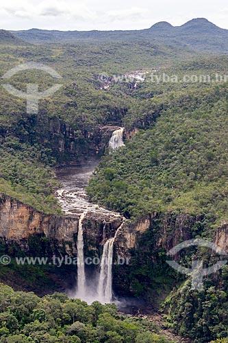 Vista da Cachoeira do Salto no Parque Nacional da Chapada dos Veadeiros  - Alto Paraíso de Goiás - Goiás (GO) - Brasil