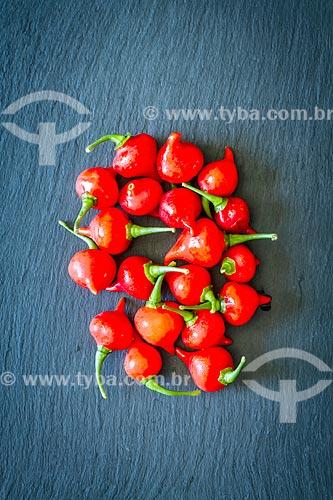 Detalhe de pimenta biquinho (Capsicun Chinese)