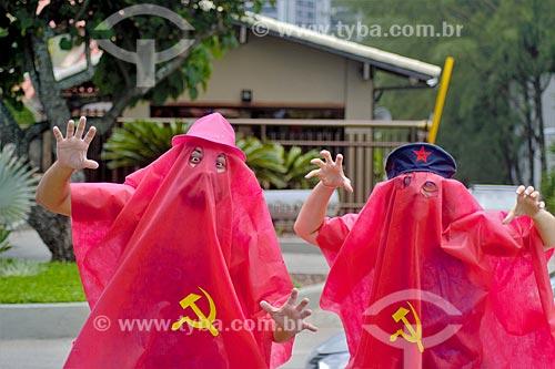 Folião fantasiado de socialismo durante o carnaval  - Rio de Janeiro - Rio de Janeiro (RJ) - Brasil