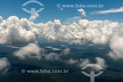 Foto aérea de trecho do Rio Iguaçu  - Foz do Iguaçu - Paraná (PR) - Brasil