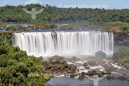 Vista das Cataratas do Iguaçu no Parque Nacional do Iguaçu  - Foz do Iguaçu - Paraná (PR) - Brasil
