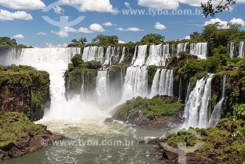 Vista das Cataratas do Iguaçu no Parque Nacional do Iguaçu  - Puerto Iguazú - Província de Misiones - Argentina