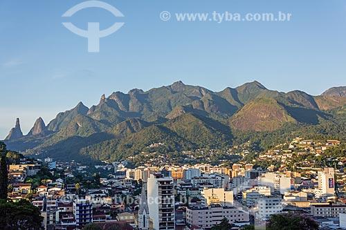 Vista geral da cidade de Teresópolis com o Pico Dedo de Deus ao fundo  - Teresópolis - Rio de Janeiro (RJ) - Brasil