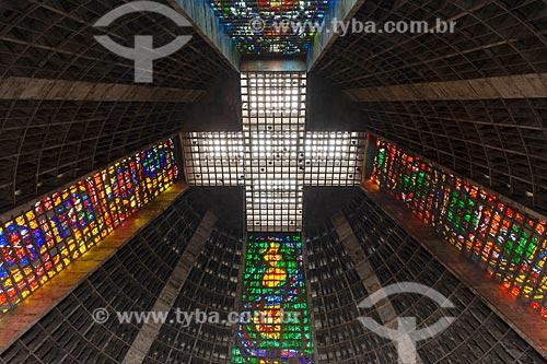 Detalhe do teto da Catedral de São Sebastião do Rio de Janeiro (1979)  - Rio de Janeiro - Rio de Janeiro (RJ) - Brasil