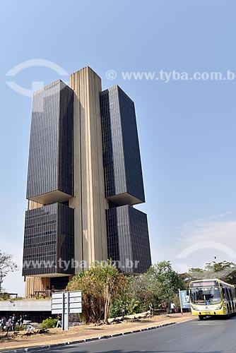 Fachada do edifício sede do Banco Central do Brasil (1965)  - Brasília - Distrito Federal (DF) - Brasil