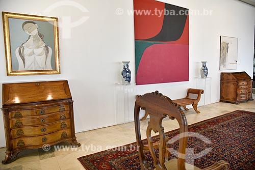 Interior da Sala Duas Época no Palácio do Itamaraty - as escrivaninhas em jacarandá pertenceram à Princesa Isabel e ao Barão de Rio Branco  - Brasília - Distrito Federal (DF) - Brasil