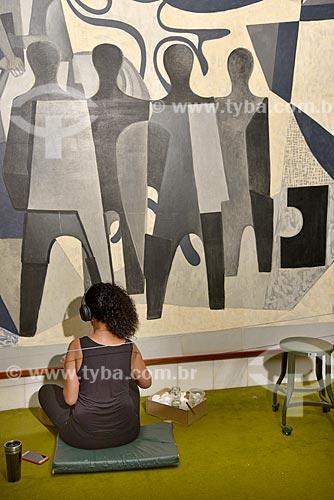 Trabalho de restauro do painel Candangos de Di Cavalcanti no Salão Verde da Câmara dos Deputados  - Brasília - Distrito Federal (DF) - Brasil