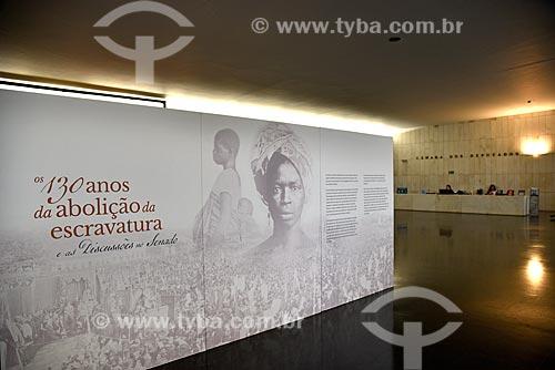 Painel da Exposição 130 anos da Abolição da Escravatura e as Discussões no Senado no Salão Negro do Congresso Nacional  - Brasília - Distrito Federal (DF) - Brasil