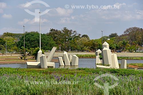 Praça Cívica - mais conhecida como Praça dos Cristais  - Brasília - Distrito Federal (DF) - Brasil
