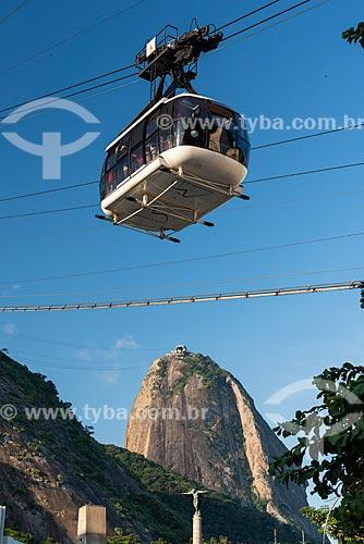 Bondinho fazendo a travessia entre o Morro da Urca e o Pão de Açúcar na Praça General Tibúrcio  - Rio de Janeiro - Rio de Janeiro (RJ) - Brasil