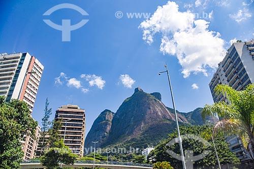 Vista da Pedra da Gávea a partir da Avenida Niemeyer  - Rio de Janeiro - Rio de Janeiro (RJ) - Brasil