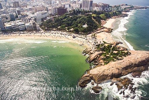 Foto aérea da Pedra do Arpoador com a Praia do Arpoador com a Praia do Diabo - à direita  - Rio de Janeiro - Rio de Janeiro (RJ) - Brasil