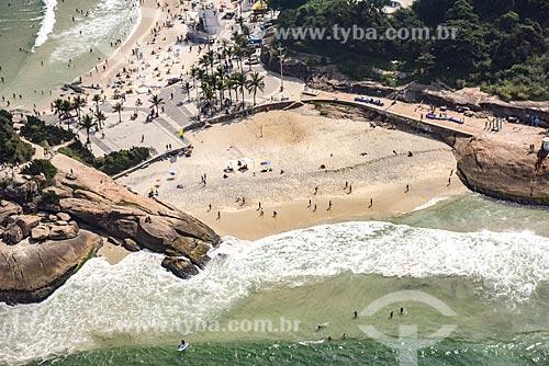 Foto aérea da Praia do Diabo com a Pedra do Arpoador e a Praia do Arpoador  - Rio de Janeiro - Rio de Janeiro (RJ) - Brasil
