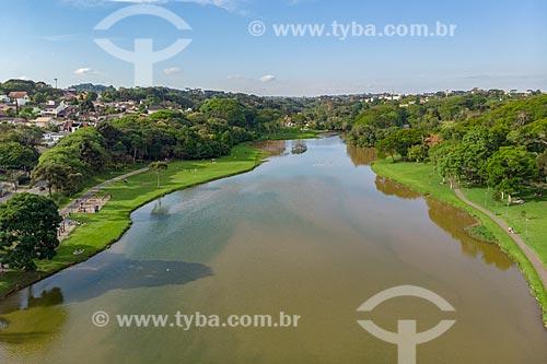 Foto feita com drone do lago artificial do Parque São Lourenço (1972)  - Curitiba - Paraná (PR) - Brasil