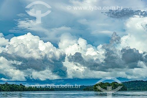Nuvens de chuva no Rio Jari  - Laranjal do Jari - Amapá (AP) - Brasil