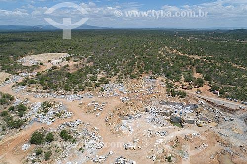 Foto feita com drone de extração em mina de mármore  - São José do Seridó - Rio Grande do Norte (RN) - Brasil