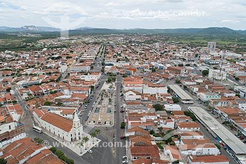 Foto feita com drone da Igreja de SantAna (1808) com a Praça Francisco Sá - também conhecida como Praça Cristo Rei  - Currais Novos - Rio Grande do Norte (RN) - Brasil