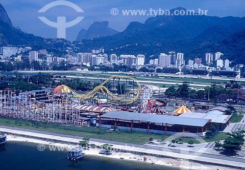 Foto aérea do Tivoli Parque - década de 90 - com a Pedra da Gávea ao fundo  - Rio de Janeiro - Rio de Janeiro (RJ) - Brasil