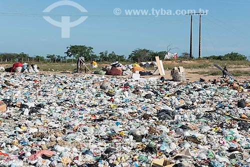 Lixão na cidade de Pombal  - Pombal - Paraíba (PB) - Brasil