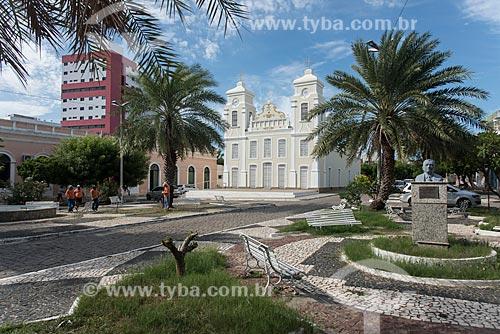 Vista da Praça do Rosário com o Santuário de Nossa Senhora do Rosário (1864) ao fundo  - Caicó - Rio Grande do Norte (RN) - Brasil
