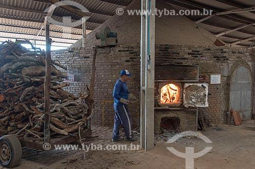 Fornalha em olaria sustentável  - Parelhas - Rio Grande do Norte (RN) - Brasil