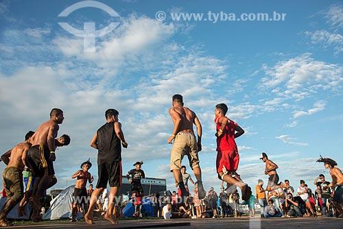 Ritual de dança da tribo Guarani durante o 15º Acampamento Terra Livre na Esplanada dos Ministérios  - Brasília - Distrito Federal (DF) - Brasil