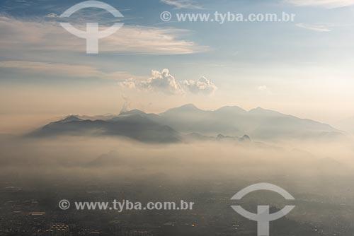 Vista do Parque Estadual da Pedra Branca a partir do Bico do Papagaio no Parque Nacional da Tijuca durante  - Rio de Janeiro - Rio de Janeiro (RJ) - Brasil