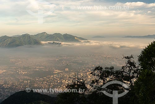 Vista do Parque Estadual da Pedra Branca a partir do Bico do Papagaio no Parque Nacional da Tijuca  - Rio de Janeiro - Rio de Janeiro (RJ) - Brasil