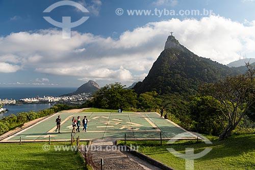 Vista do Cristo Redentor a partir do heliponto do Mirante Dona Marta  - Rio de Janeiro - Rio de Janeiro (RJ) - Brasil