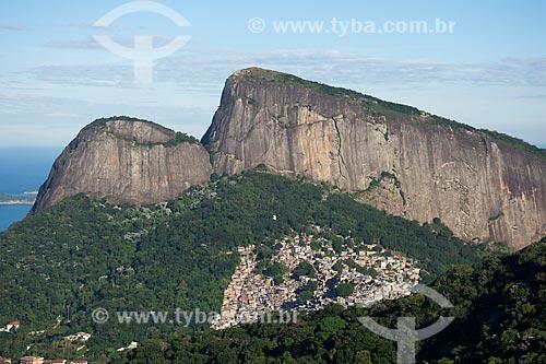 Vista do Morro Dois Irmãos a partir do mirante da Vista Chinesa  - Rio de Janeiro - Rio de Janeiro (RJ) - Brasil