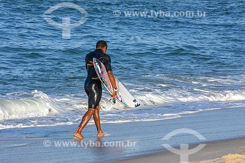 Surfista durante a etapa brasileira do WCT (Circuito Mundial de Surfe)  - Saquarema - Rio de Janeiro (RJ) - Brasil