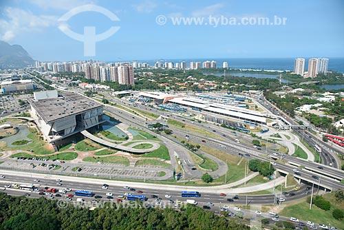 Foto aérea da Cidade das Artes - antiga Cidade da Música - à esquerda - com o Terminal Alvorada ao fundo  - Rio de Janeiro - Rio de Janeiro (RJ) - Brasil