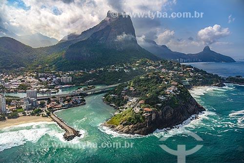 Foto aérea do Canal da Joatinga com o Morro Dois Irmãos ao fundo  - Rio de Janeiro - Rio de Janeiro (RJ) - Brasil