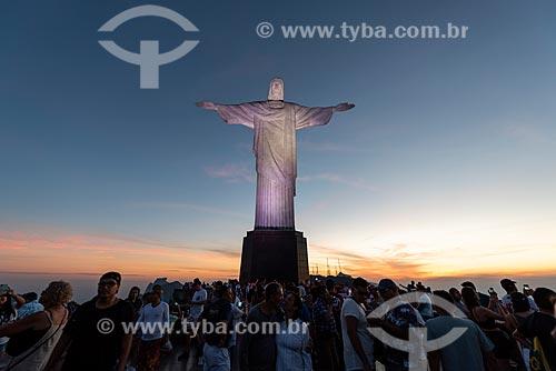 Vista do pôr do sol a partir do mirante do Cristo Redentor  - Rio de Janeiro - Rio de Janeiro (RJ) - Brasil