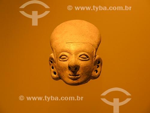 Detalhe de escultura em exibição no Museo del Oro (Museu do Ouro)  - Bogotá - Departamento de Cundinamarca - Colômbia