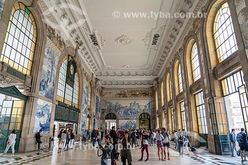 Painel de azulejos no interior da estação de trens São Bento  - Porto - Distrito do Porto - Portugal