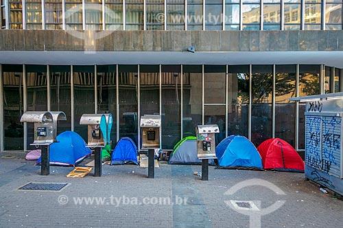 Tendas de moradores de rua na Praça Sete de Setembro  - Belo Horizonte - Minas Gerais (MG) - Brasil