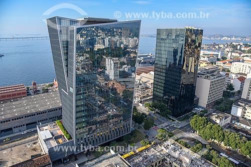 Foto aérea do Edifício Vista Guanabara e do Edifício sede da L Oréal Brasil  - Rio de Janeiro - Rio de Janeiro (RJ) - Brasil
