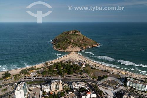 Foto aérea da Pedra do Pontal entre a Praia do Recreio dos Bandeirantes e a Praia do Pontal  - Rio de Janeiro - Rio de Janeiro (RJ) - Brasil